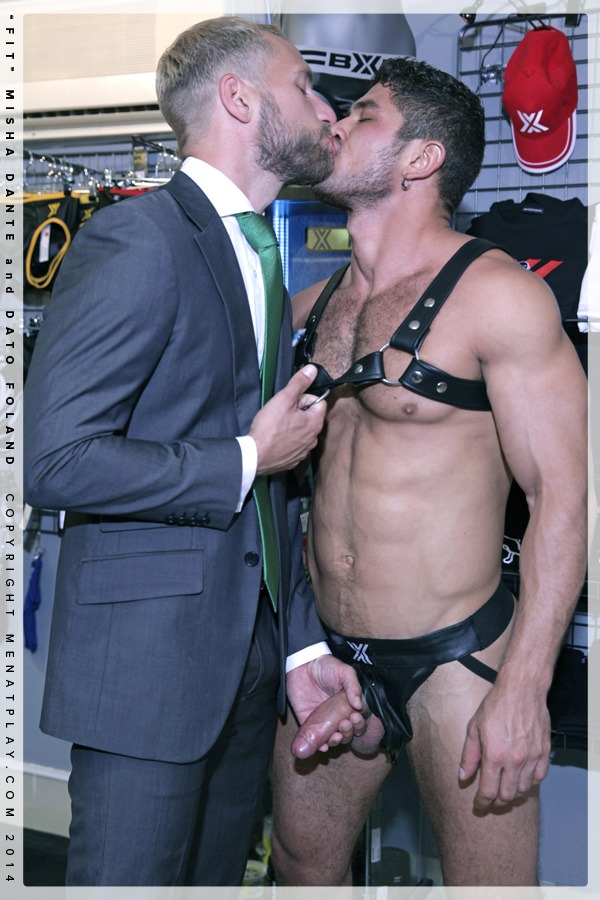 Dato Foland and Misha Dante 09