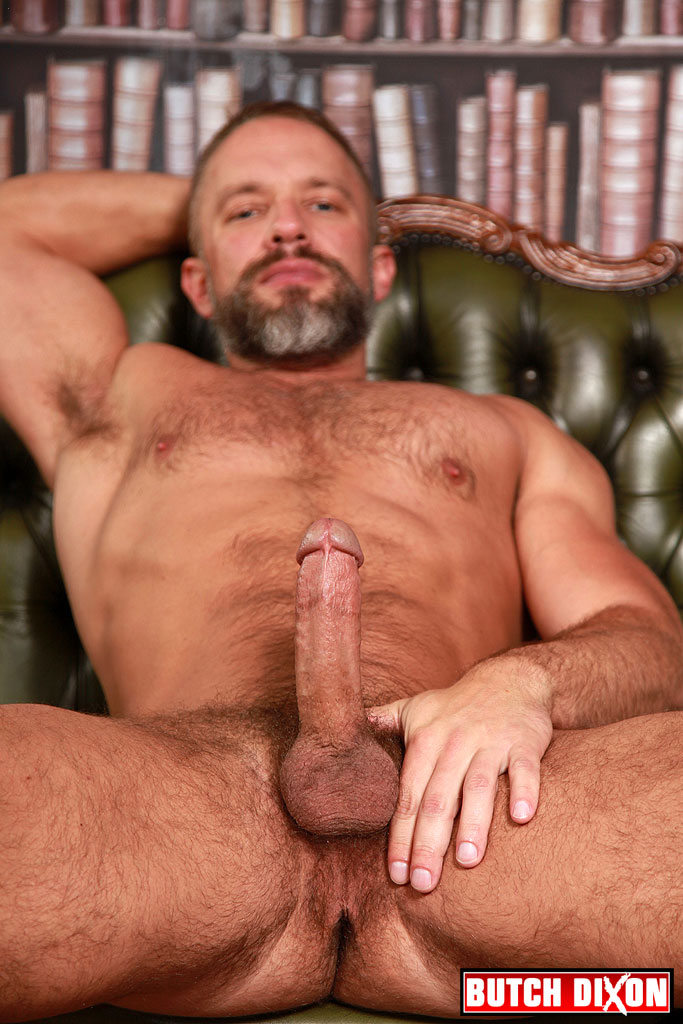 8mages naked hairy daddy