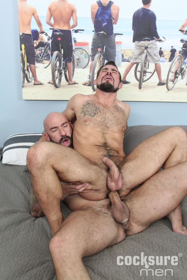 Hung stud shoves his hard cock down whores throat