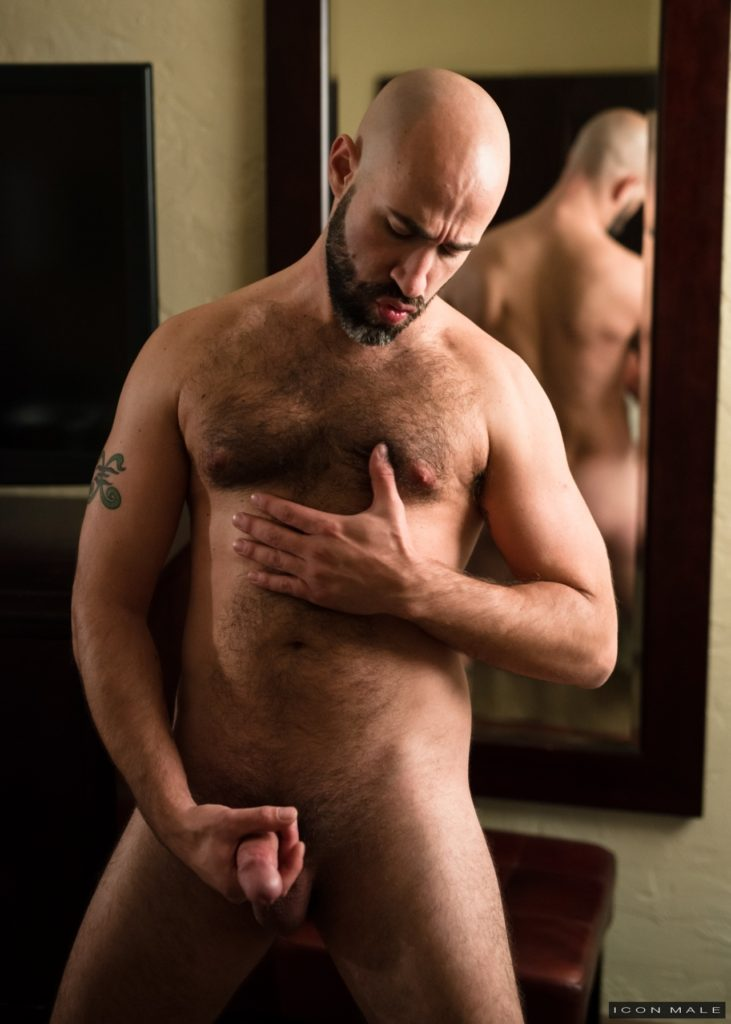 Damon Andros jerks off in front of a mirror 12